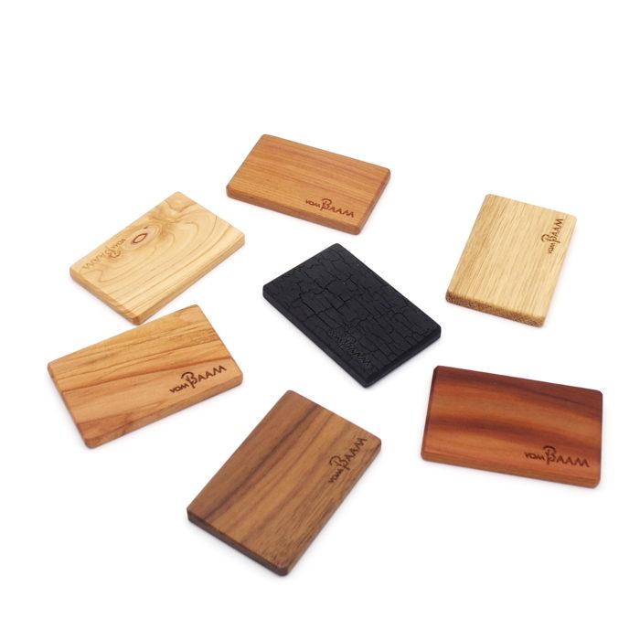 Gürtelschnallen aus Holz